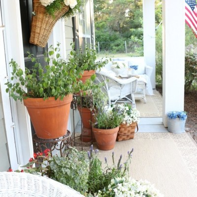 Spring into Summer Porch Tour and Blog Hop