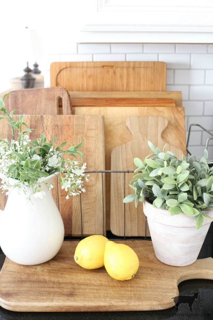 How-to-Clean-and-Restore-Vintage-Cutting-Boards-The-Crowned-Goat-12 How to Clean and Restore Vintage Cutting Boards DIY Thrifted Finds