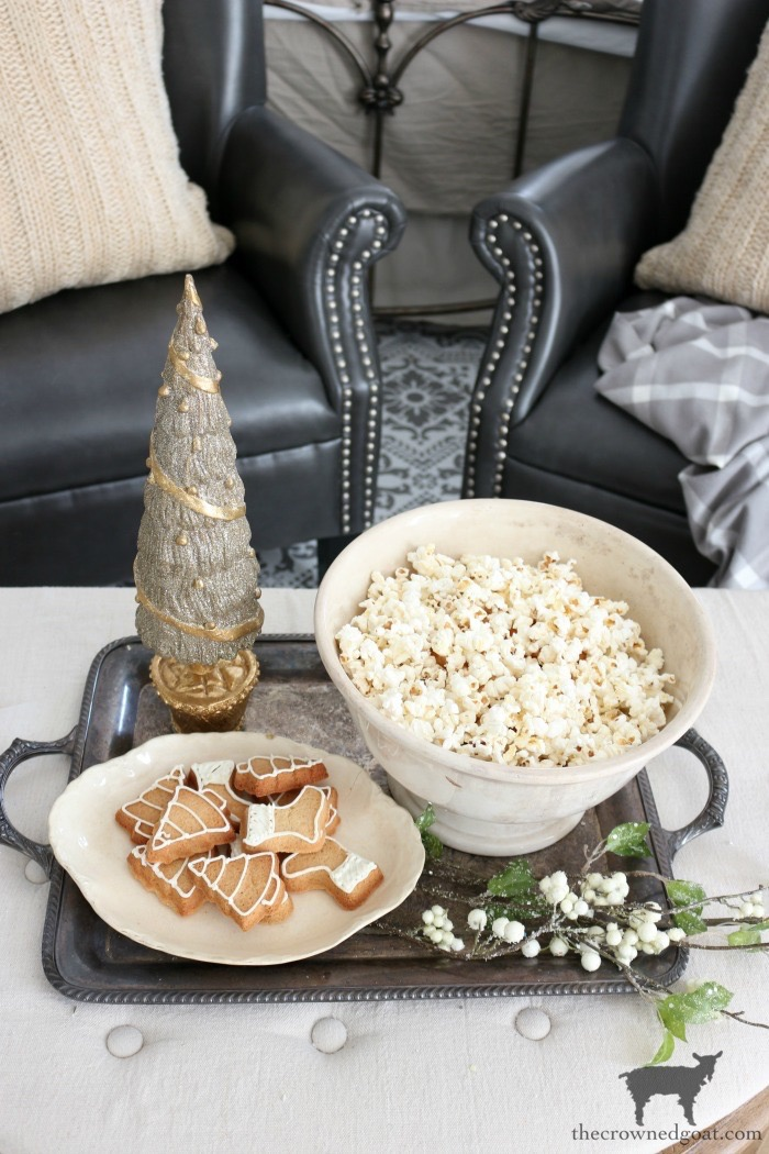 Simple-Ways-to-Prep-for-the-Holidays-The-Crowned-Goat-20 Simple Ways to Prepare Now for the Holidays Decorating DIY Holidays