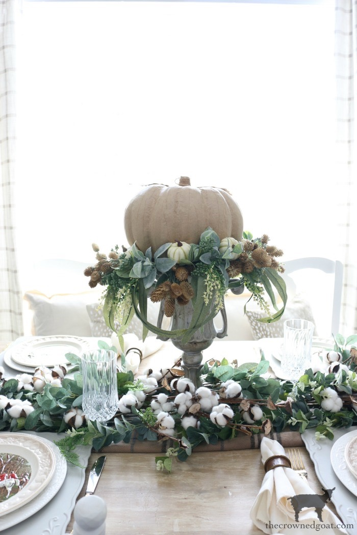 Easy-Fall-Tablescape-Ideas-The-Crowned-Goat-15 Easy Fall Tablescape Ideas Decorating Fall Holidays