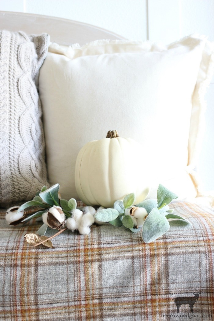 Fall-Entry-Decorating-Ideas-The-Crowned-Goat-10 Fall Entry Decorating Ideas Decorating Fall Holidays
