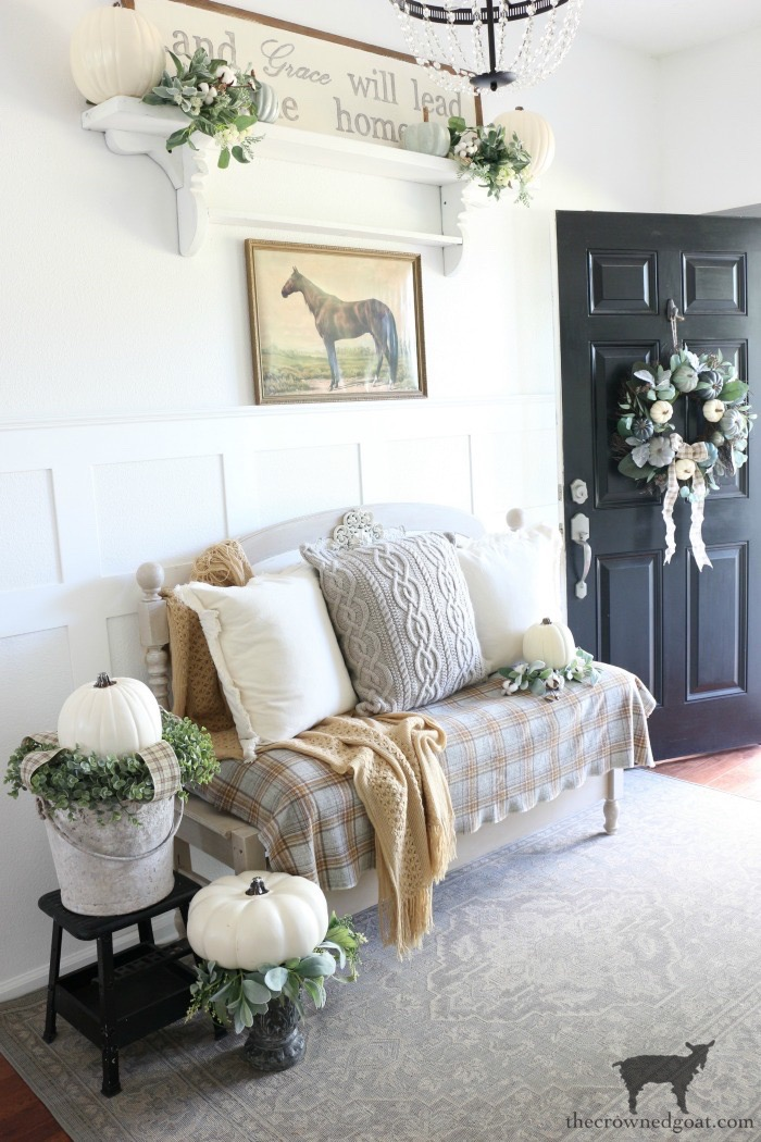 Fall-Entry-Decorating-Ideas-The-Crowned-Goat-11 Fall Entry Decorating Ideas Decorating Fall Holidays