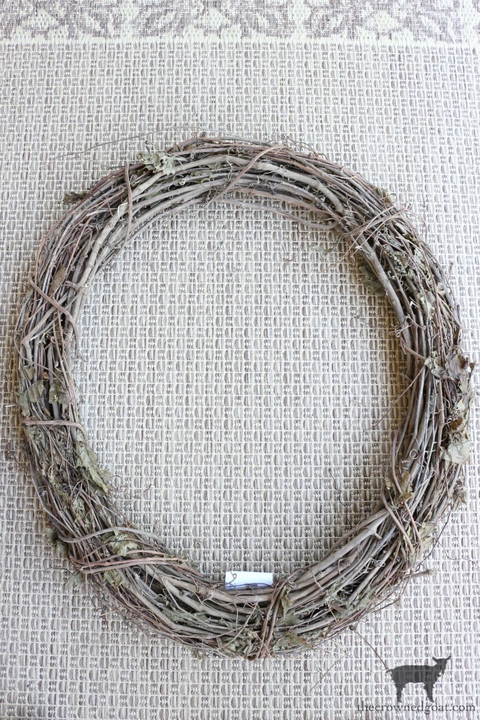 Fall-Grapevine-Wreath-The-Crowned-Goat-3 A Fall Grapevine Wreath for Beginners Crafts Decorating Fall Holidays