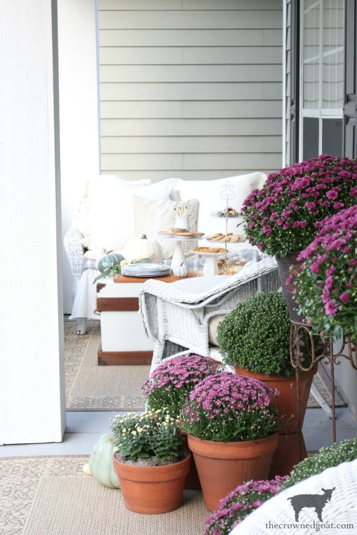 Fall-Porch-Decorating-Ideas-The-Crowned-Goat-2 Fall Porch Decorating Ideas Fall Holidays