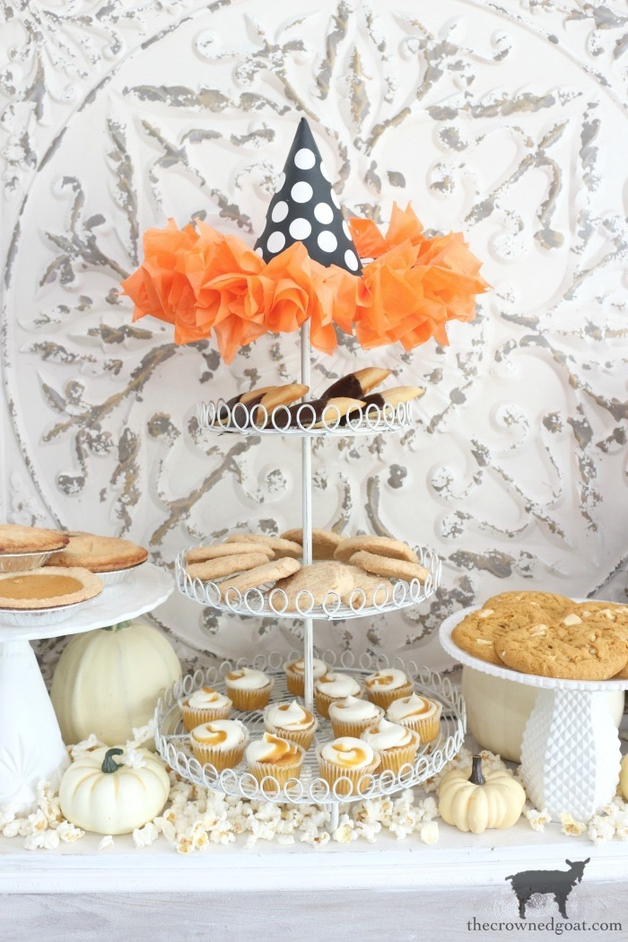 Fast-and-Easy-Halloween-Treats-The-Crowne-Goat-21 Fast and Easy Halloween Treat Station Crafts Fall Holidays