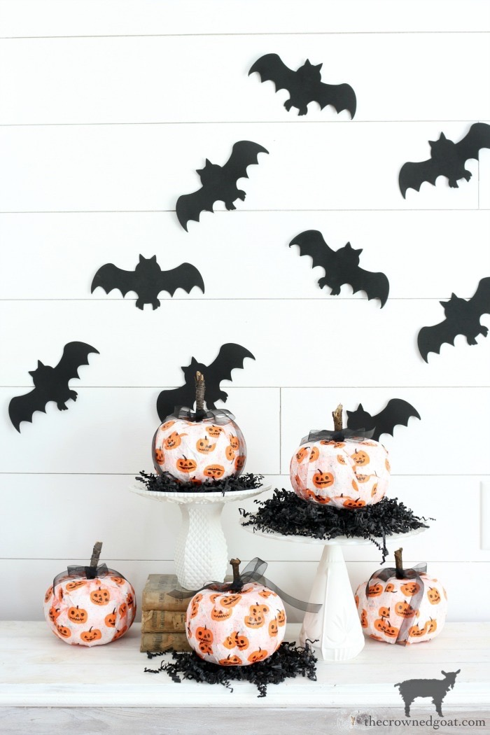 Fast-and-Easy-Halloween-Treats-The-Crowne-Goat-3 Fast and Easy Halloween Treat Station Crafts Fall Holidays