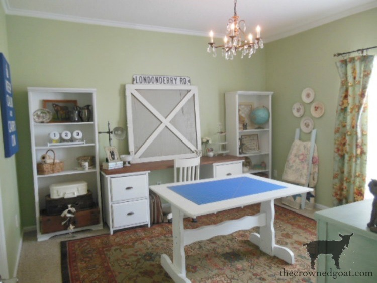 Favorite-One-Room-Challenge-Projects-The-Crowned-Goat-4 Our Favorite One Room Challenge Makeovers Decorating DIY One_Room_Challenge