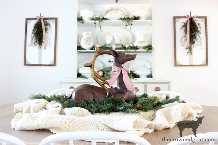 Soft-Romantic-Farmhouse-Christmas-Dining-Room-The-Crowned-Goat-11 Soft & Romantic Farmhouse Christmas Dining Room Christmas Holidays