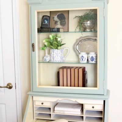 Secretary Makeover in Cartouche Green