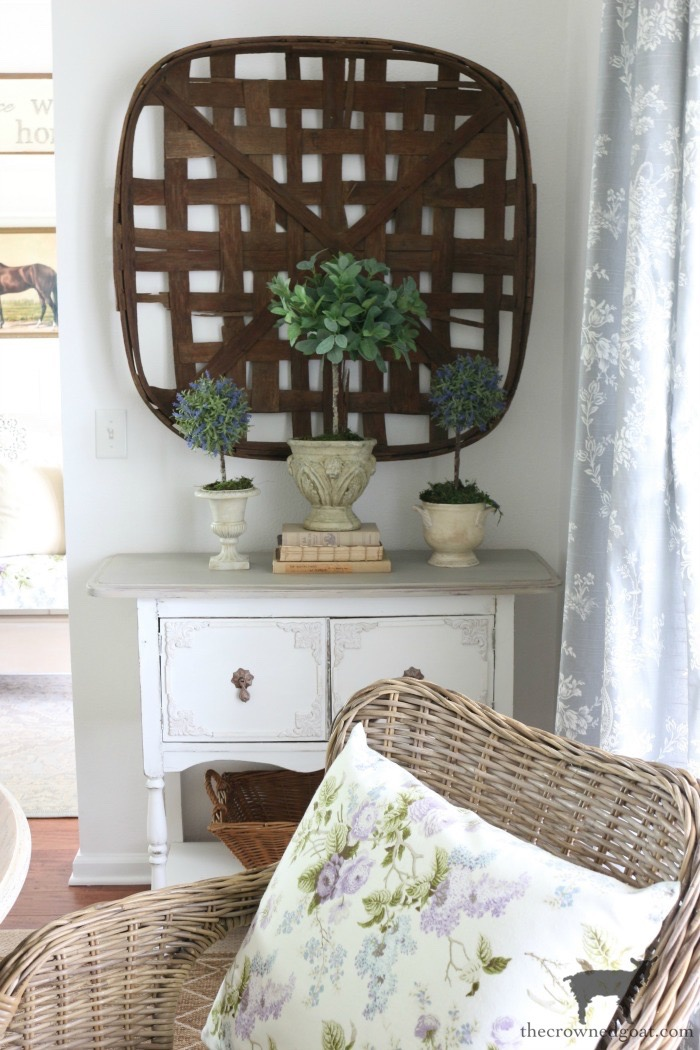 Summer-Entry-Dining-Room-The-Crowned-Goat-9 Cottage Inspired Summer Entry & Dining Room Decorating DIY Holidays Summer