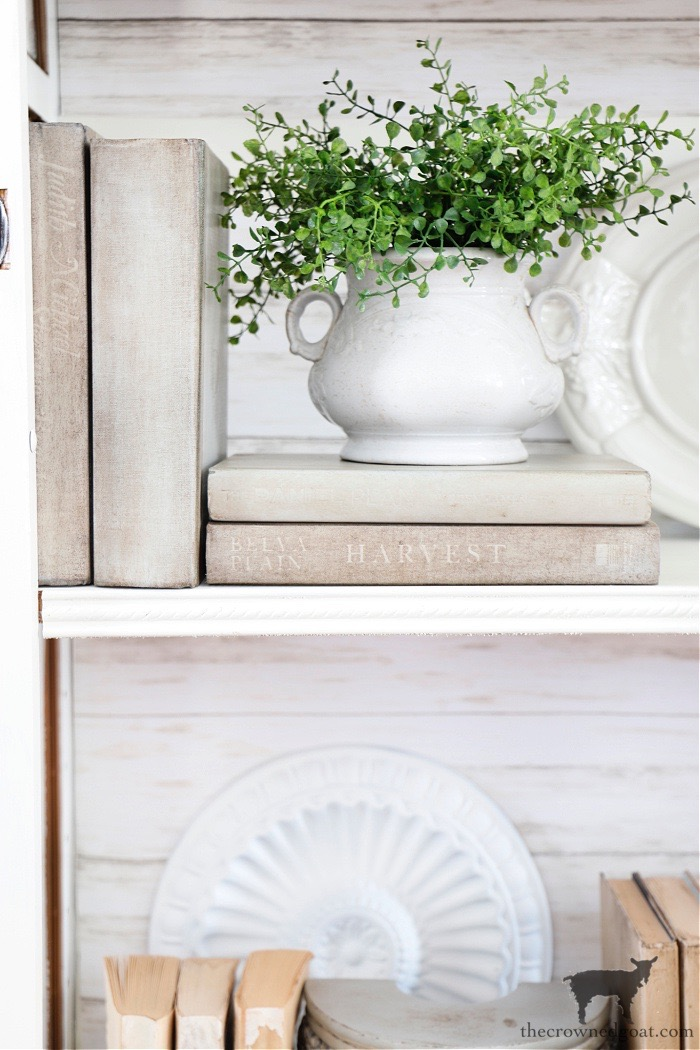 How-to-Style-a-Glass-Display-Cabinet-The-Crowned-Goat-2 How to Style a Glass Display Cabinet Decorating DIY