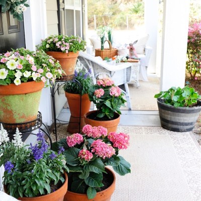 Spring Flowers Porch Tour