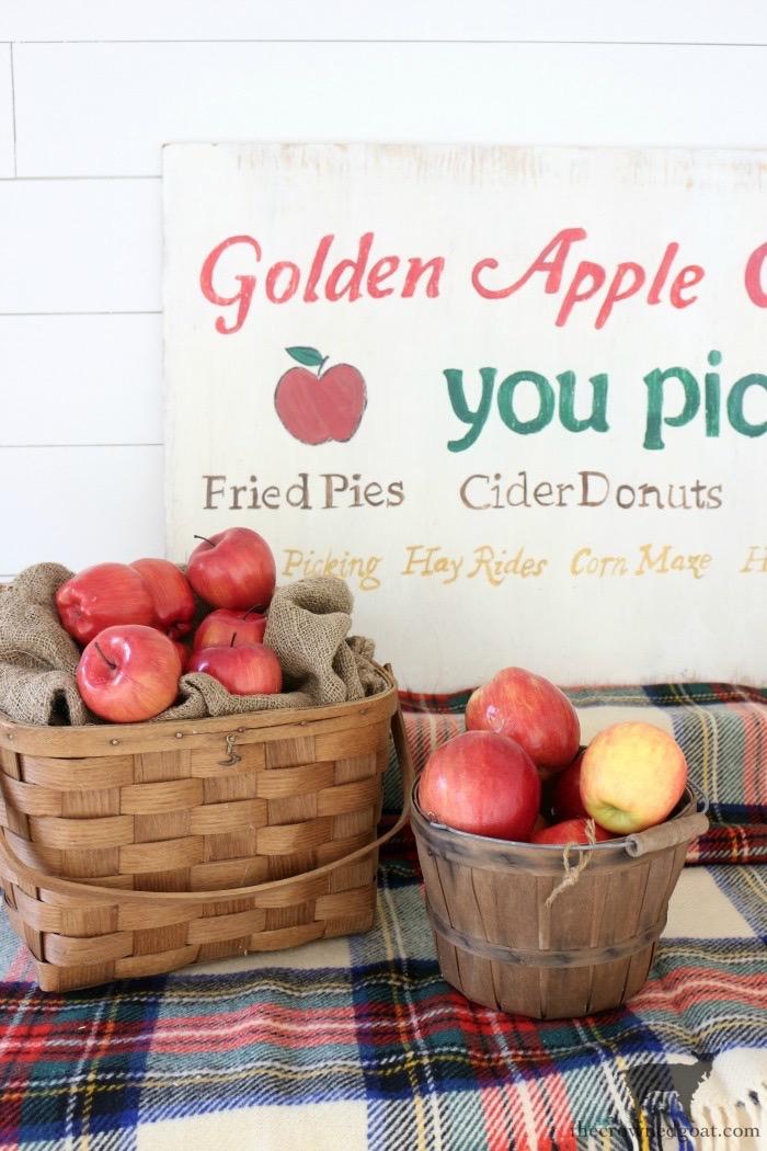 A Vintage Inspired Apple Picking Sign