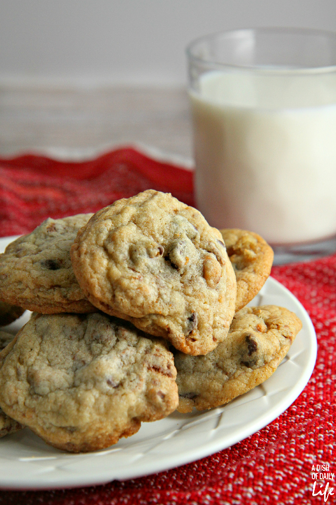 Chocolate-Chip-Coffee-Toffee-Cookies1