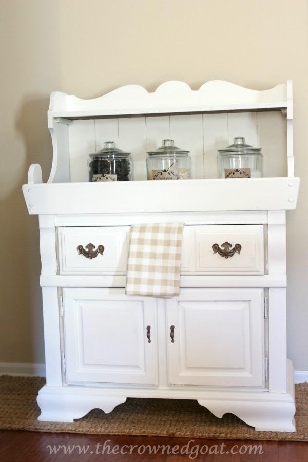 Laundry Room Folding Station