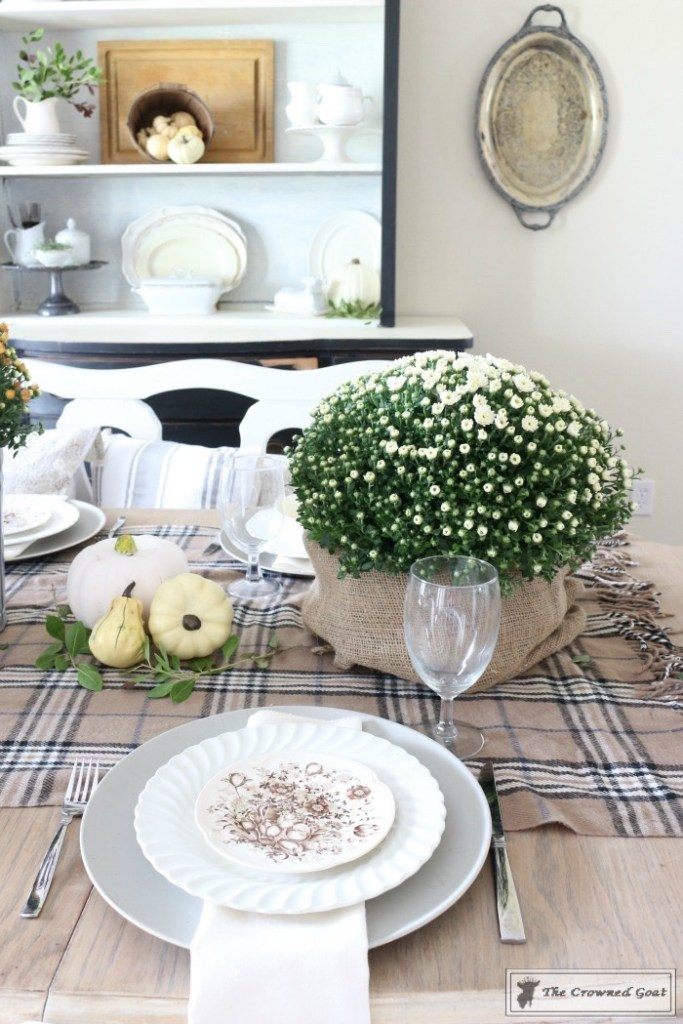 fall-decorating-in-the-dining-room-6