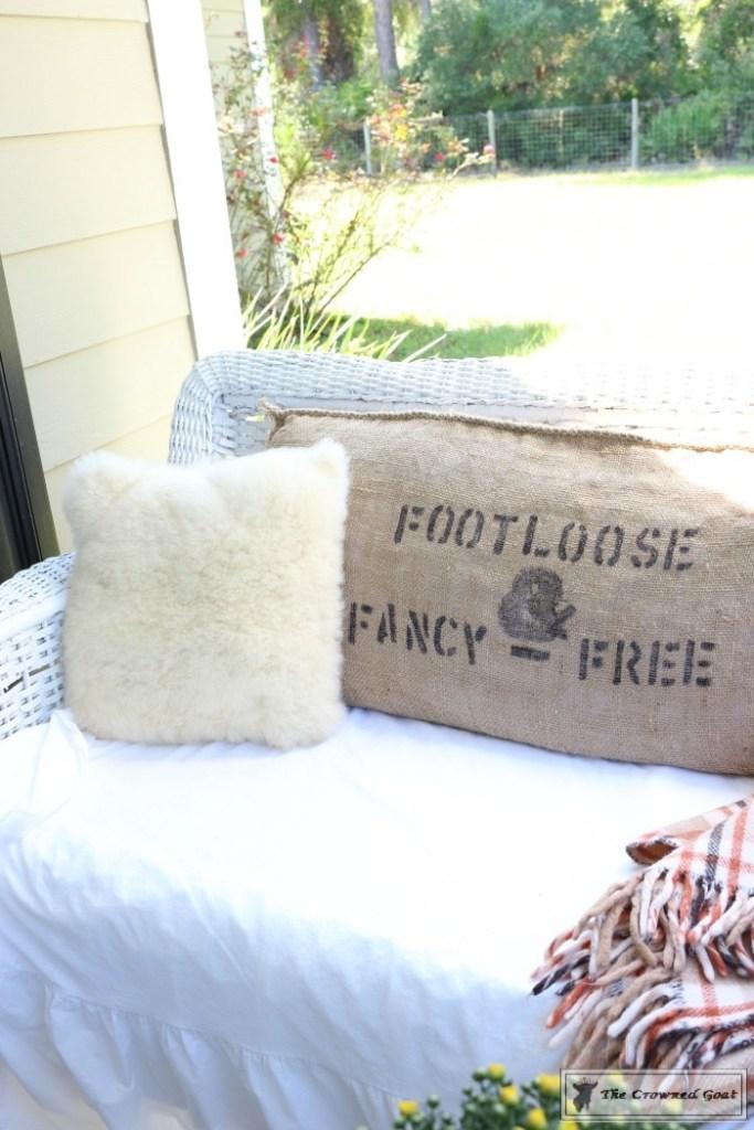 fall-feed-sack-pillow-10