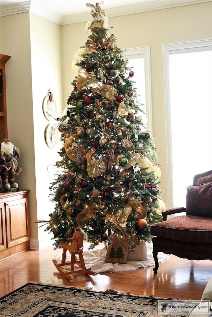 traditional-christmas-home-tour-15