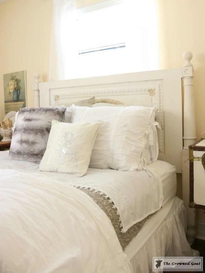 Christmas Bedroom at Loblolly Manor