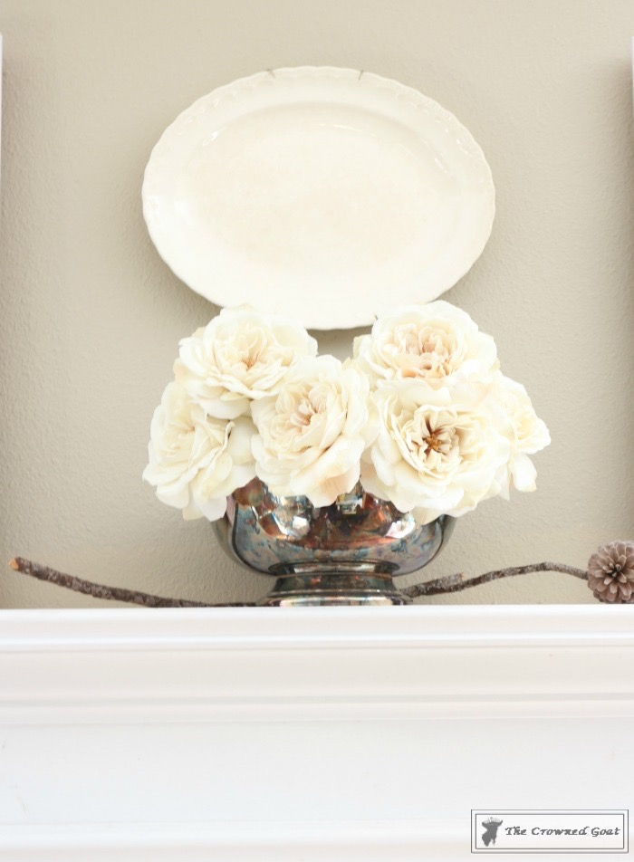 How to Create an Elegant Winter Mantel