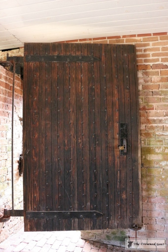 Decorating Secrets from Fort Clinch-2