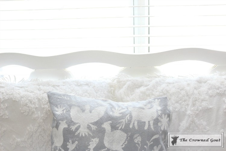 Stenciled Pillows Made Easy