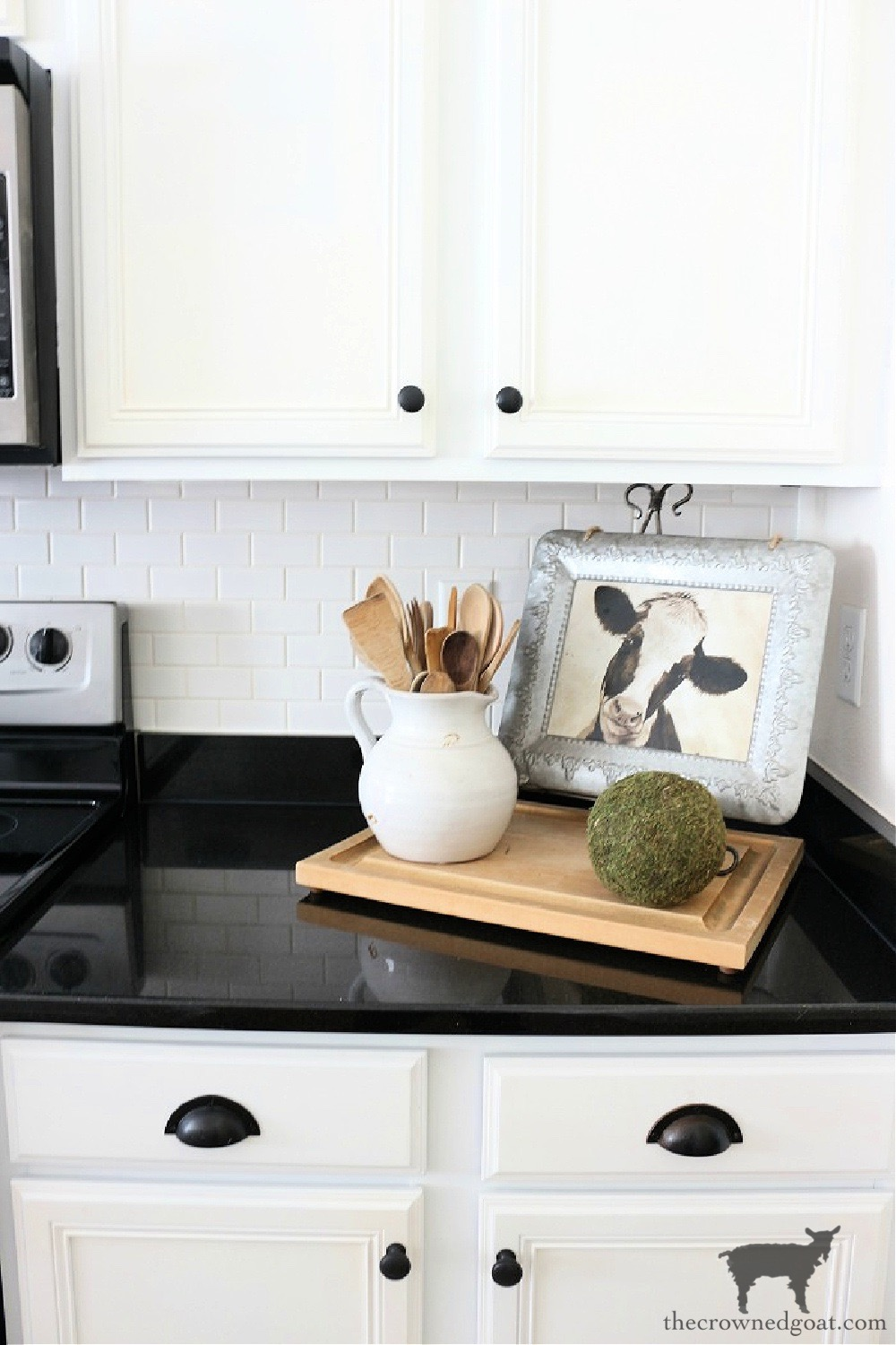 Easily Change the Look of Existing Alabaster Colored Grout-The Crowned Goat