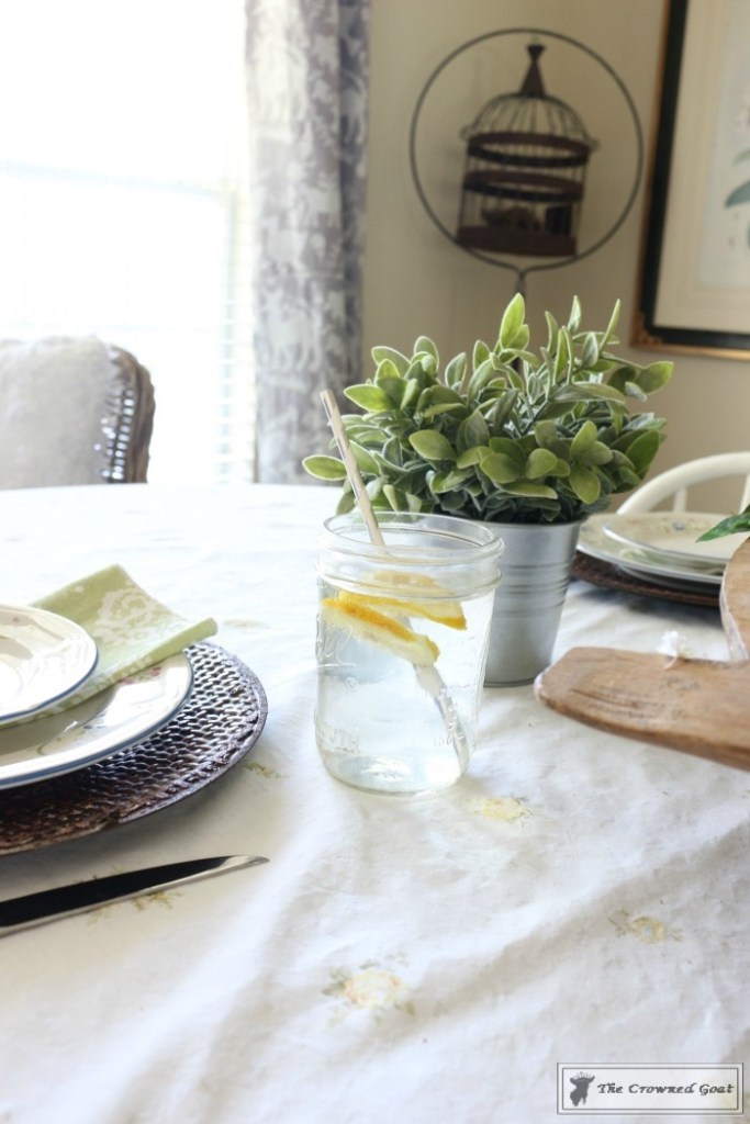 How to Create a Summer Tablescape-The Crowned Goat-8