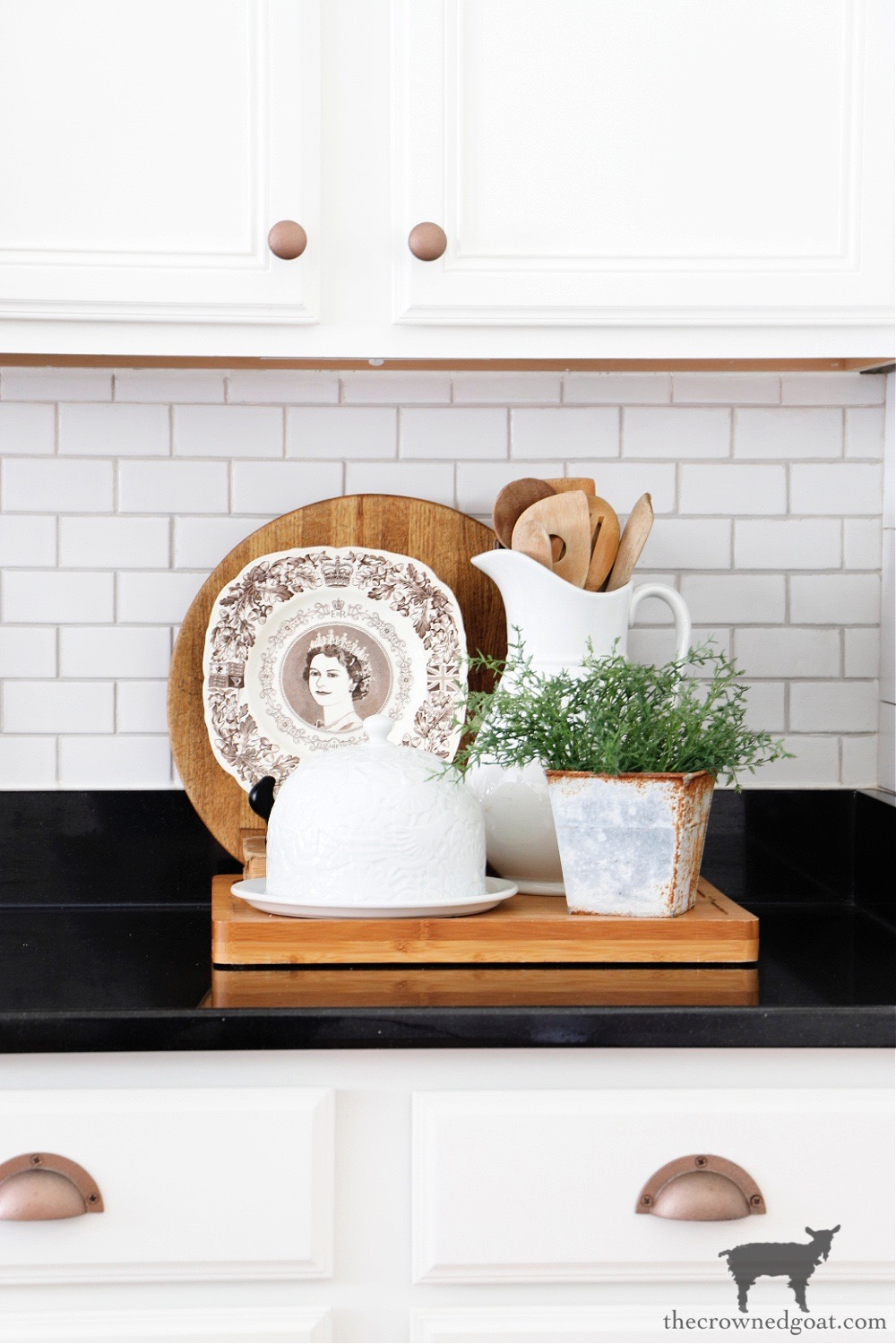How to Easily Change the Color of Existing Grout-Cottage Kitchen Vignette-The Crowned Goat