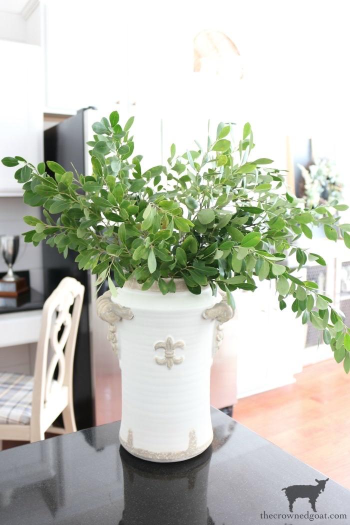Quick & Easy Vase Makeover