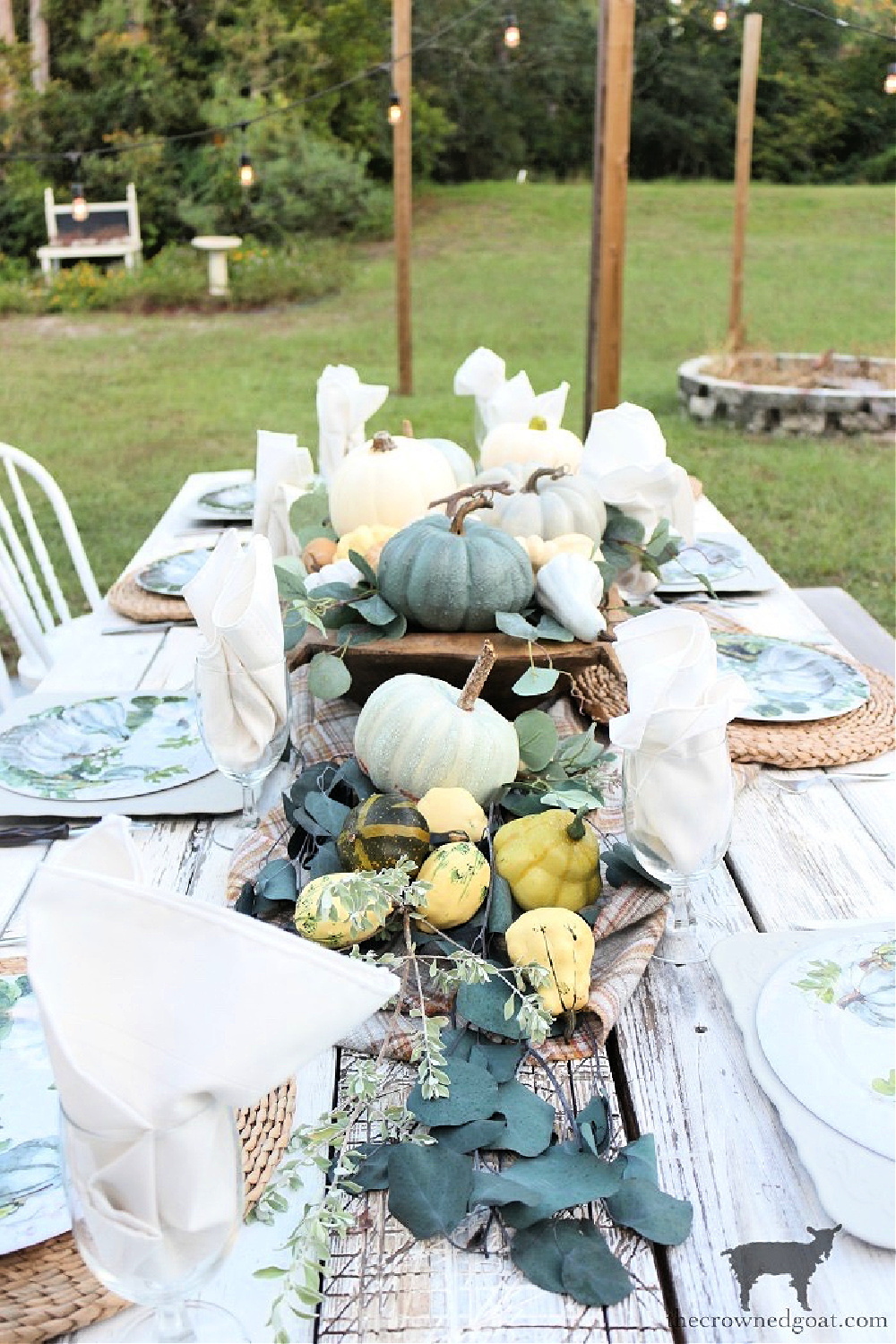 Simple Ways to Prepare Now for the Holidays-Festive Tablescapes-The Crowned Goat