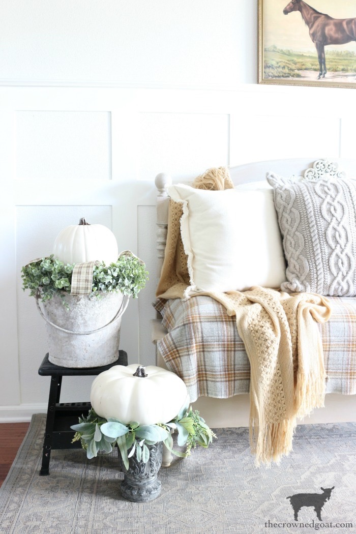 Fall Entry Decorating Ideas