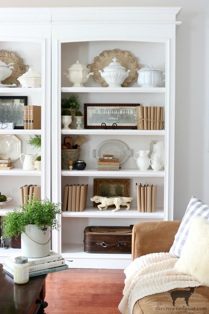 Simple Winter Bookshelf Ideas - The Crowned Goat