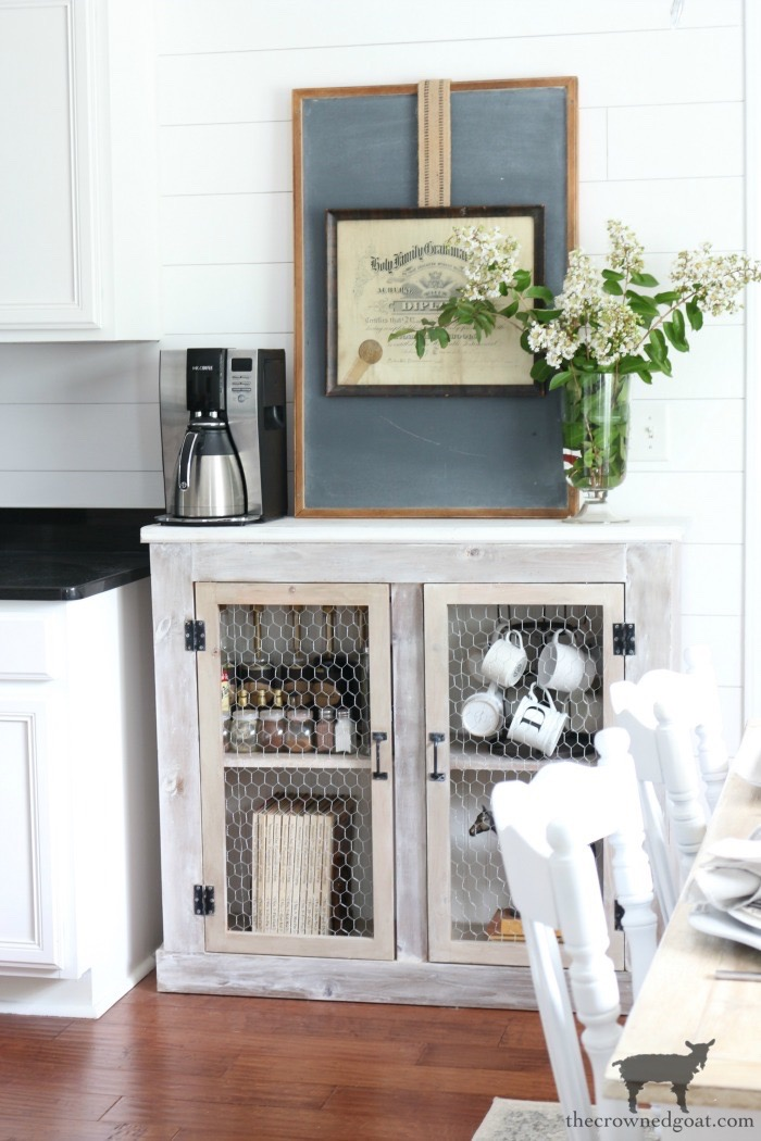 Adding Whitewash to Farmhouse Furniture