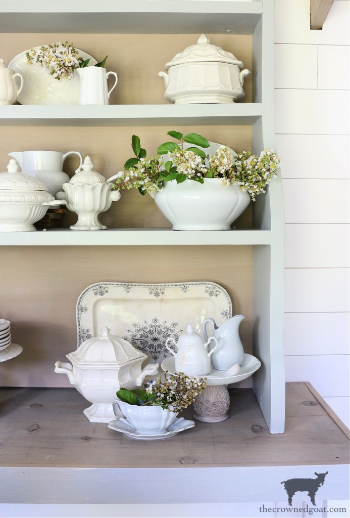 Decorating The Crowned Goat Cottage with Crepe Myrtles: The Crowned Goat