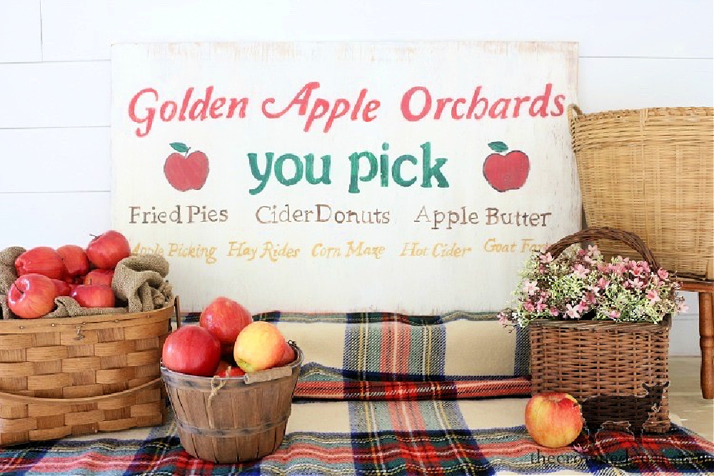 Early Fall Craft and Decorating Ideas-Vintage Inspired Apple Picking Sign-The Crowned Goat