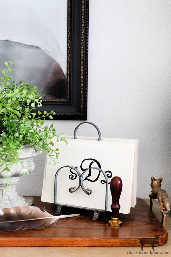 Styling a Cottage Desk with Simple Accessories-The Crowned Goat