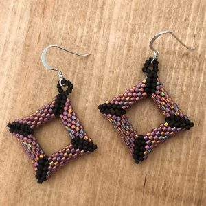 teaberry and matt black offset square miyuki earrings
