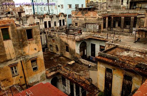 HousingThe Cuban Economy  La Economa Cubana