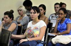 jovenes-cubanos-7-580x378