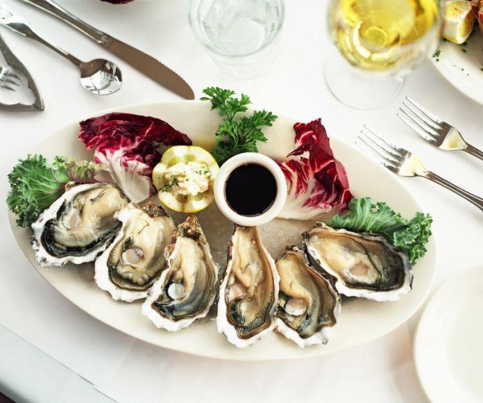 oyster shellfish type on platter