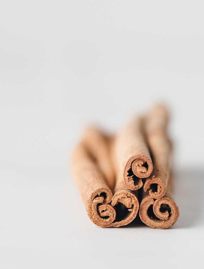 cinnamon stick bark