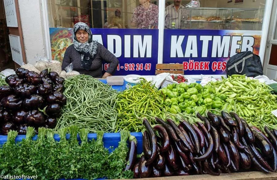 Tire Market in Turkey, A Taste of Travel | TheCulinaryTravelGuide.com