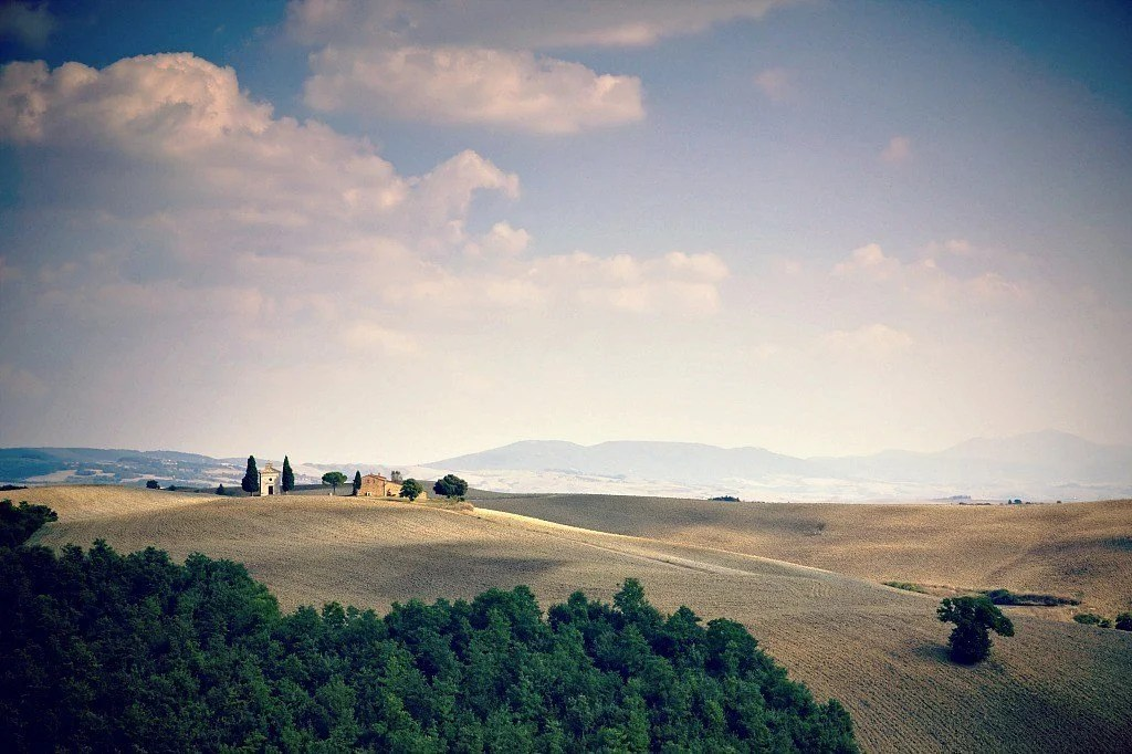 soft rolling hills in Tuscany