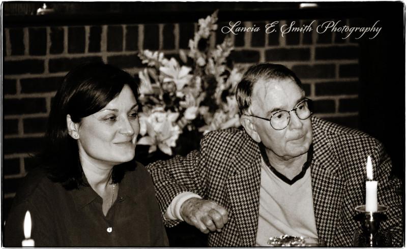 Nan-Frietag-and-Walter-Hooper-at-the-banquet-table