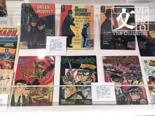 李小龍真人版《青蜂俠》漫畫封面(上)及日本《青蜂俠》漫畫封面(下)