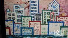 Robert在各地收藏街招、廣告單張和雜誌,再按顏色分類,再把自己在各地對城市的體會都放進拼貼作品中。