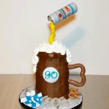 Beer Mug cake, Gravity cake