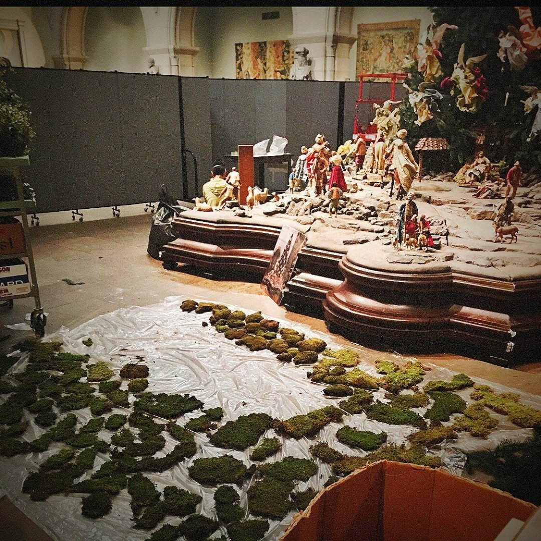 Behind the scenes of the Metropolitan Museum of Art Medieval Christmas Tree