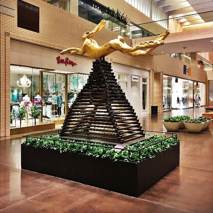 NorthPark Center Barry Flanagan Rabbit Sculpture